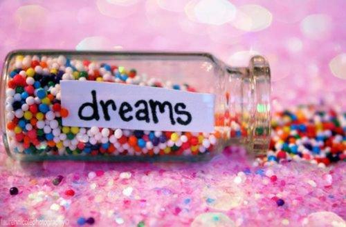 J'préfère vivre mes rêves plutôt que rêver de vivre. *The Sin Sekaï*