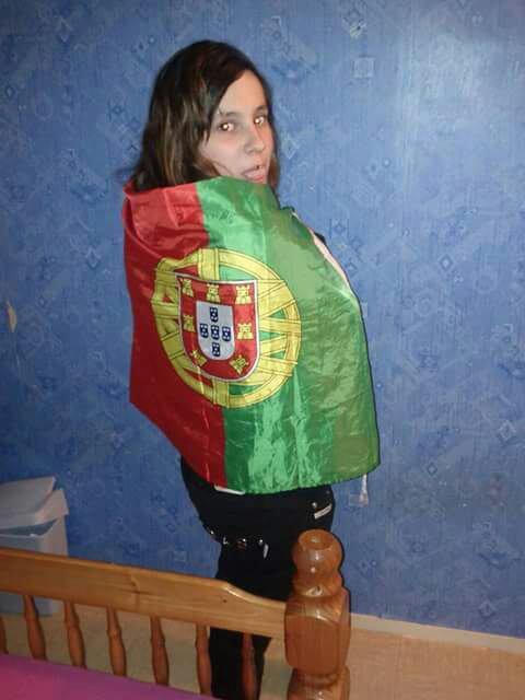 Portugaise et fiere de letre :)❤