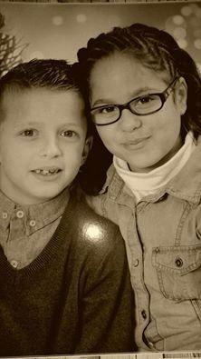 voici mes petits enfants les jumeaux  Méliani et Célia