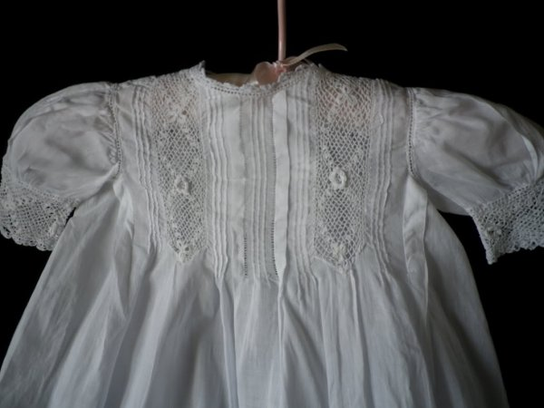 ANCIENNE ROBE