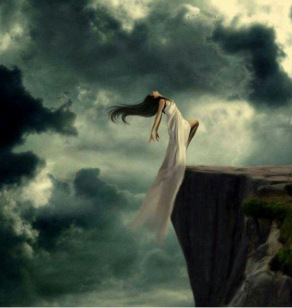 à mes yeux tu était la personne qui comptait le plus dans ce monde et pourtant c'est moi qui te l'ai fait quitter.
