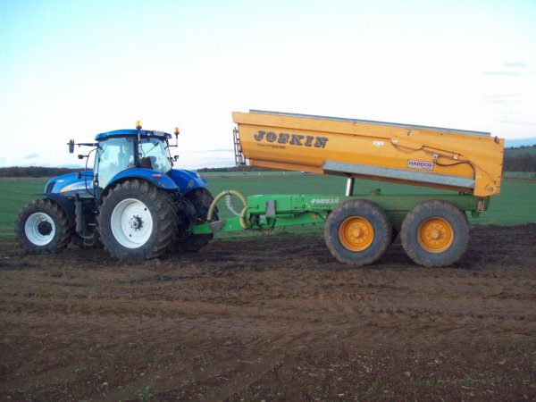 new holland t7070 et benne joskin 22 t