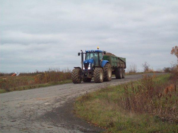 new holland t 8050 et benne maupu 20 tonnes céréalière en chantier !!