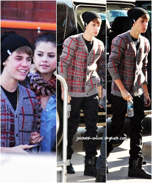 Justin et Selena rentrent aux États-Unis + Candids, Washington.
