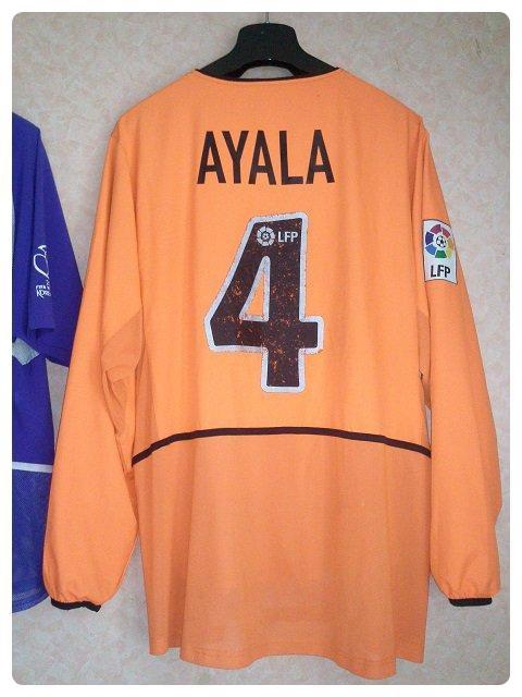 Maillot FC Valence porté par Roberto AYALA en Liga 2003-2004.
