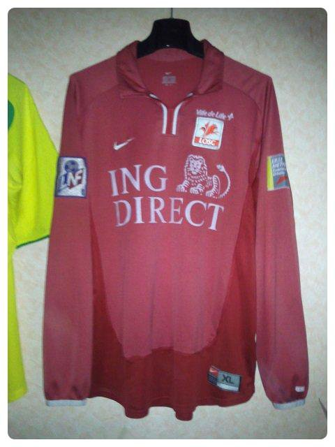 Maillot Lille porté par Johnny ECKER en Premier Division 2000-2001.
