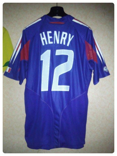 Maillot de la France préparé de Thierry HENRY contre le Brésil pour le Centenaire de la FIFA.