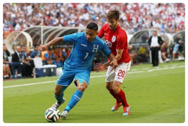 Maillot de l'Angleterre porté par Adam LALLANA contre Honduras en match amical 2014.