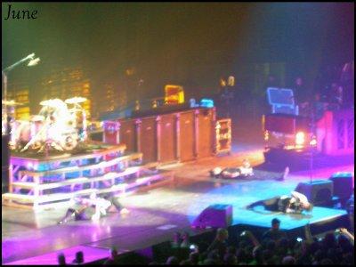 4 Octobre 2009  -  Bercy  -  GREEN DAY  -  Début du concert : 19h30