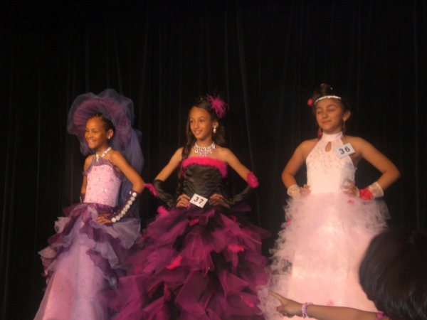Shainese Mini Miss France 2012 Demi Finale!!!