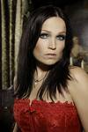 Tarja Turunen trop belle chanteuse**