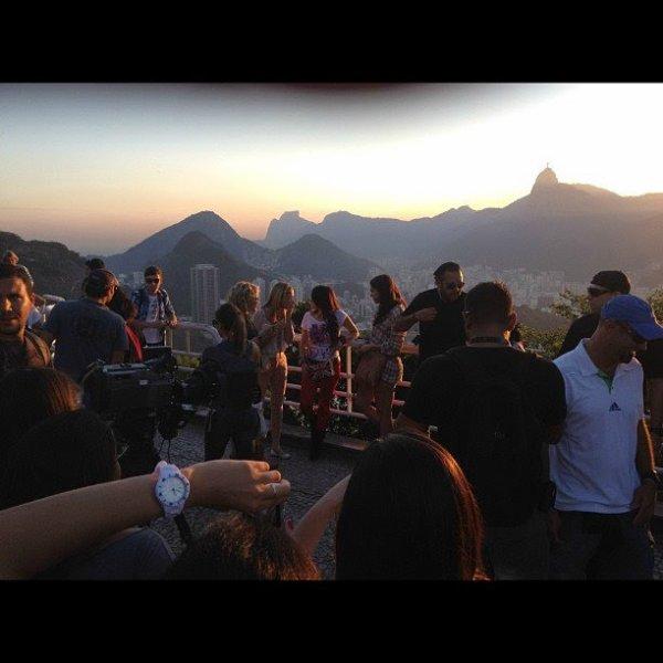Dulce María nas gravações de Rebelde Brasil no Rio de Janeiro, Brasil (25-27.07.12)