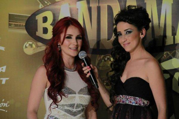 Dulce María nos Prêmios Bandamax 2013 na Cidade do México, México (01.10.13)