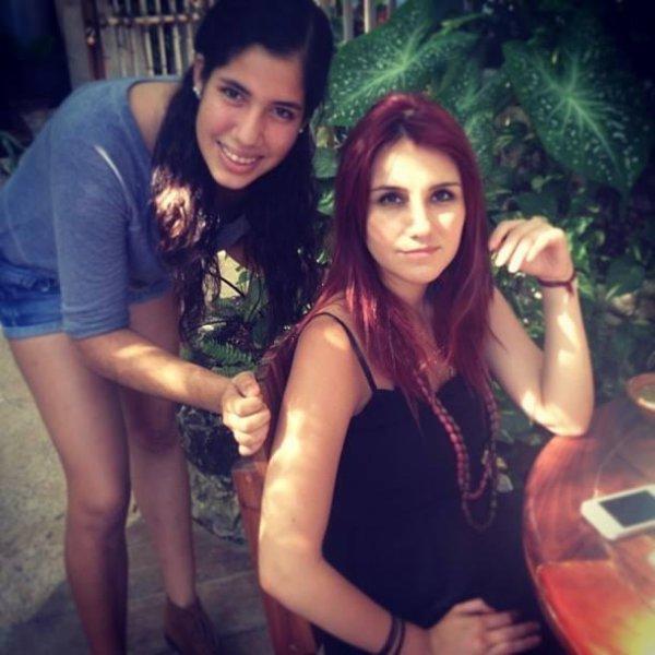 Dulce María com fãs em Cancun, México (21-23.11.13)