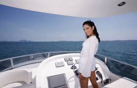 The ever best encounter- Yacht rental voyage!