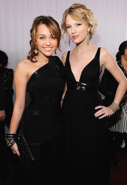 Miley Cyrus VS Taylor Swift