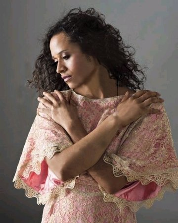 Guinevere + Angel Coulby.