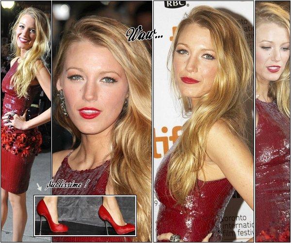 11/09/10 Blake à la Premiere The Town à Toronto.09/09/10 Leighton se promène dans NY et achète un nouveau gadjet pour son toutou.