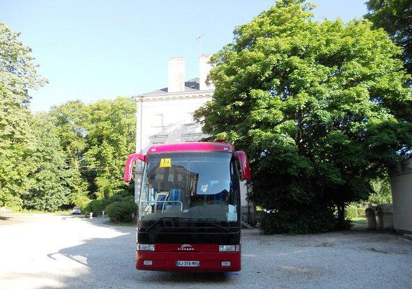 Irisbus Hispano Mosaïc Monchauffeur  (Chateau Beaumont Chailland 53 )