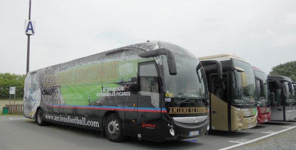 Irisbus_Magelys-HD_Les-Courriers-Automobiles-Picards_BJ-155-ET_842_Amiens-SC-Football_LPF