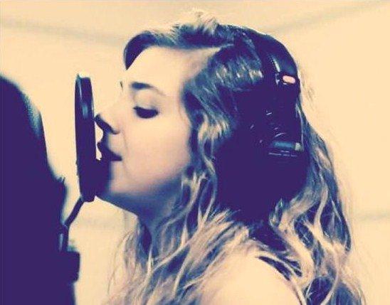 Caroline-The-Star ♥ ♫ ♪