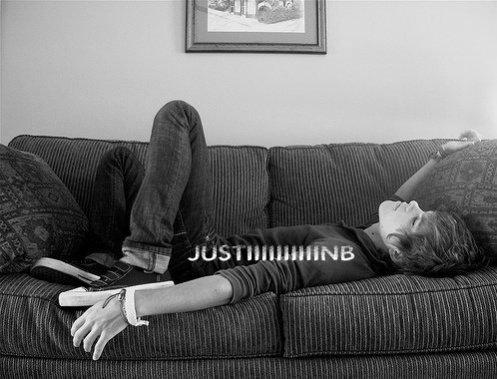 Justin est pardonné du concert en playback....