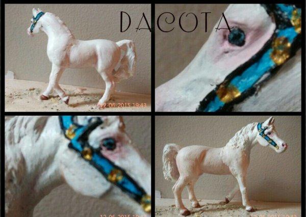 Nouveau custom:  Dacota