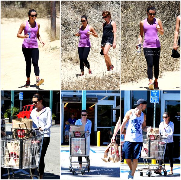Rattrapage des news : le 16 août, Lea a été vue sortant d'une clinique à Calabasas. Le lendemain, la belle a été photographiée pendant qu'elle était en randonnée accompagnée d'une amie et un peu plus tard en faisant les courses avec Matthew.