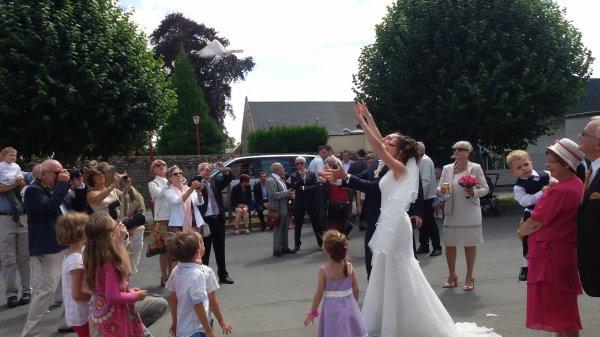lacher de pigeons à un mariage