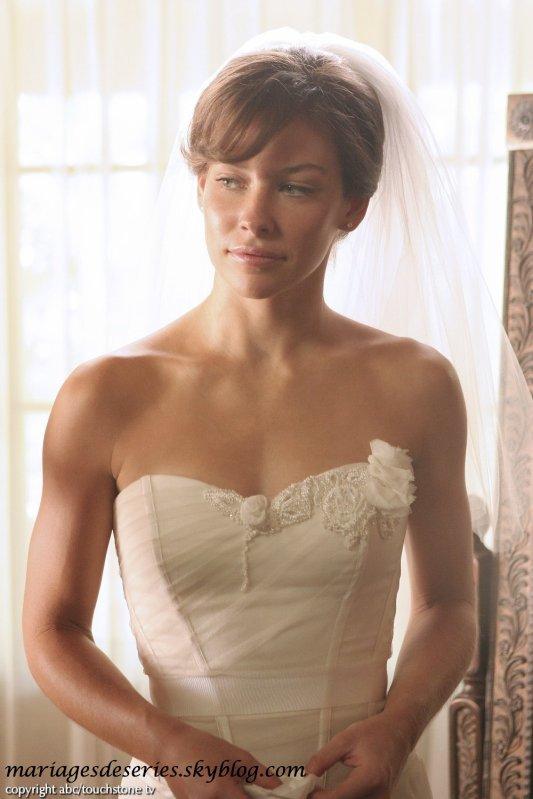 Kate Austen (Evangeline Lilly)