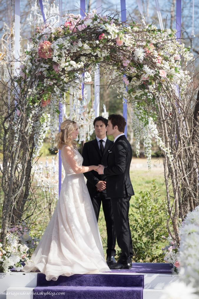 Caroline Forbes (Candice Accola) & Stefan Salvatore (Paul Wesley)
