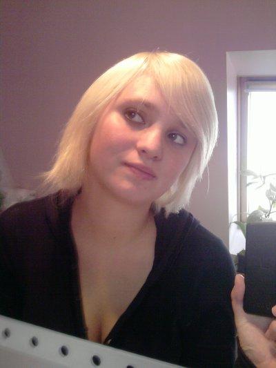 Blonde & Fière !