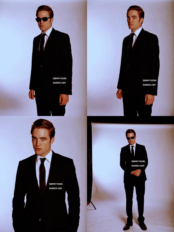 Un nouveau photoshoot de Rob pour Cosmopolis. Je trouve ce shoot magnifique et Rob est très sexy. Ton avis ?