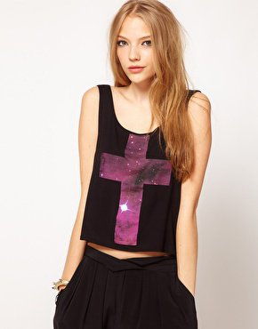 Réalisation d'un T-Shirt croix-galaxie.