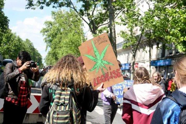 Legalise it !