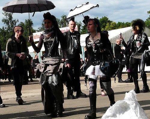 L'histoire du mouvement gothique :