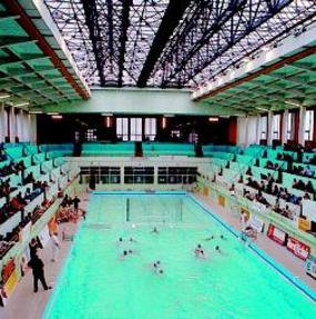 Un bassin olympique pour un grand club rue gabriel p ri for Piscine menin tarif