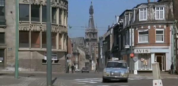 Film tourner en 1976 en partie à Tourcoing  Le Corps De Mon Ennemi.
