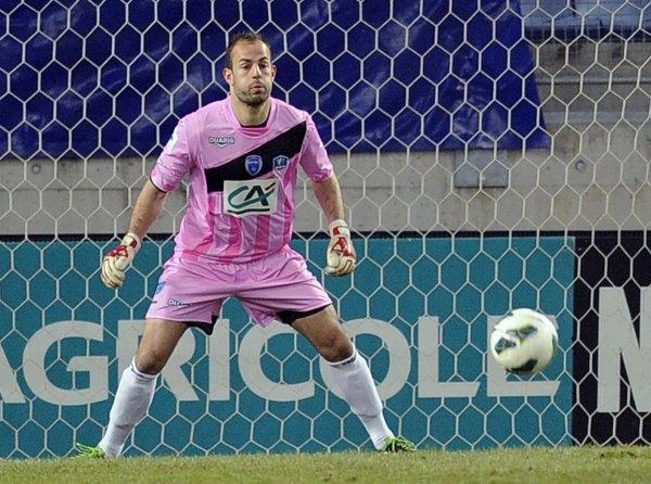 Maillot porté en 8ème de finale de Coupe de France contre Sochaux par le gardien de but Dreyer!!
