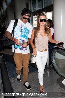 Audrina à l'aéroport LAX de Los Angeles ce 7 Juillet avec Corey
