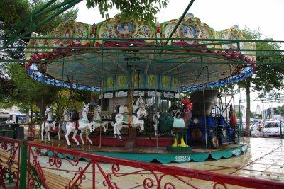 ce carrousel  est  de  1883