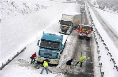 neige en Bretagne 1er décembre 2010  sur la  N 12