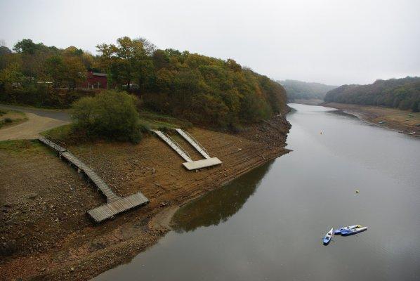 barrage et retenue d'eau  sur le Gouet  ,  pris au pont Noir à ploufragan