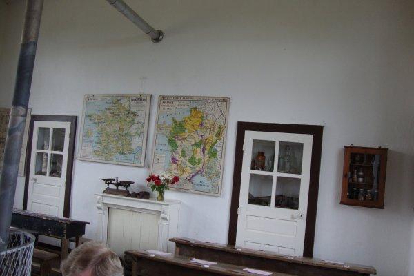 Bothoa  , musée de l'école