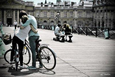 L'amour consiste à être bête ensemble.