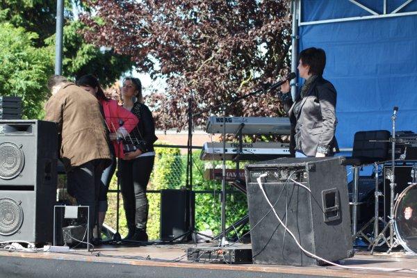 """LA TROUPE """"NORDSUD"""" à TOUFFLERS le 01/07/2012 en Soirée"""