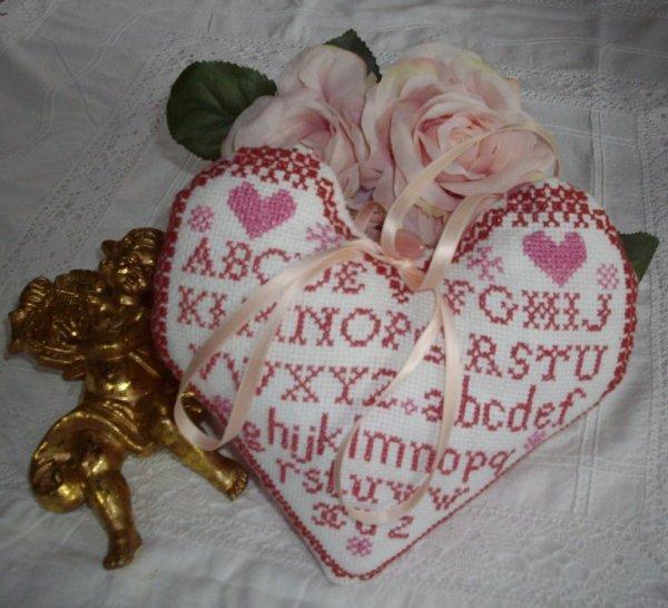 Coeur Rose et Rouge  aux points de Croix