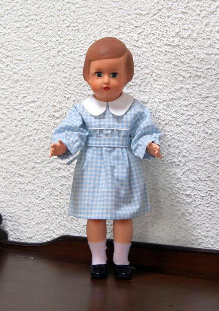 Françoise et sa garde-robe - 1 -