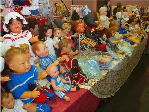 1 )  Photos du Premier Salon d'ours et poupées de Montélimar