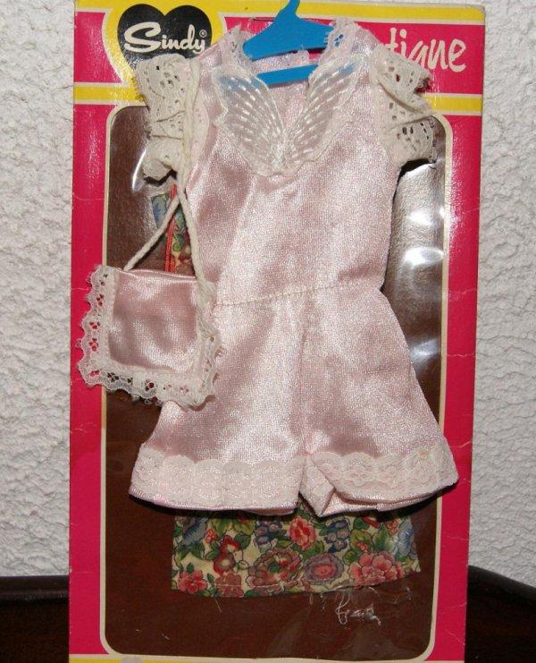 Ma petite Sindy vous présente sa garde robe